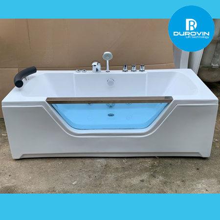 bon tam kinh 450x450 - Bồn tắm kính có hệ thống massage