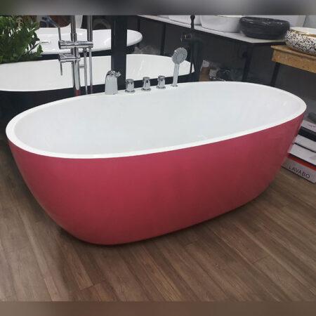 bon tam ovan 450x450 - Bồn tắm ovan màu hồng có hệ thống vòi
